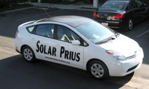 Toyota Prius cu acoperis solar