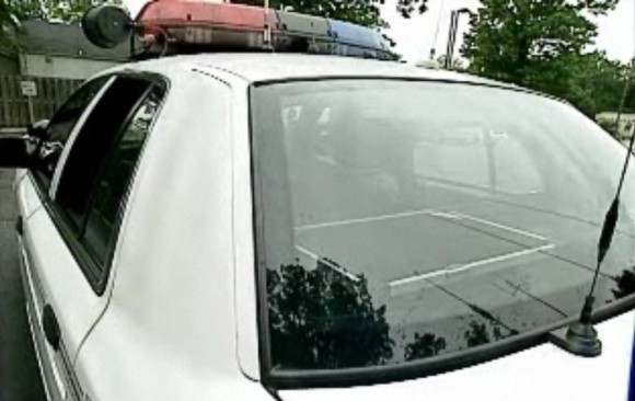 Masina de politie cu panou solar