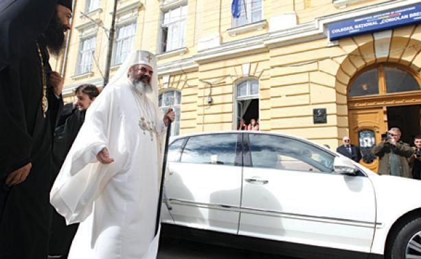 Mercedes Clasa S al patriarhului