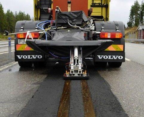 Linie electrică în asfalt concepută de Volvo